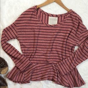 Perfect FREE PEOPLE slouchy cozy top🌼